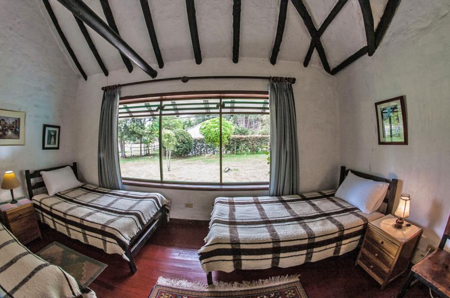 Guatancuy –  Habitación Familiar con baño privado